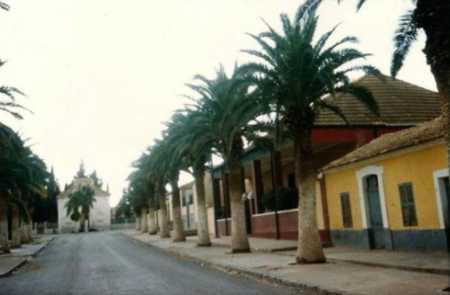 BOUKANEFIS  1982 - Avenue de l'Eglise - Plus de Clocher