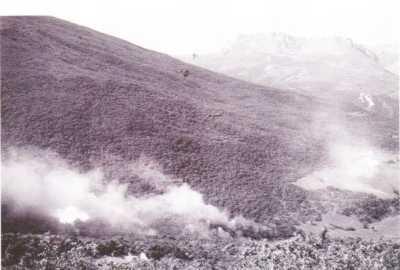 3 MAI 1958 Djebel POURES SOUK-AHRAS Bombardement au napalm par les B26