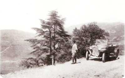 la route de TENIET-EL-HAAD