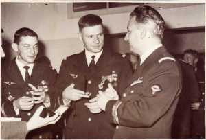 Lieutenants TRAMONI  Lieutenant Gaston PALLARDY (Chef du CPA 10 du 15/1/1958 au 12/4/1960) X