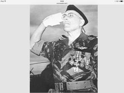 Lieutenant-Colonel COULET 1er chef des  Commandos Parachutistes de l'Air