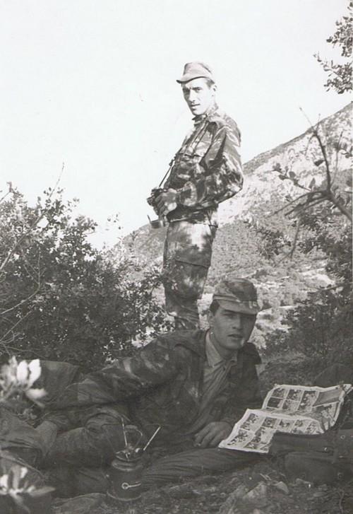 Caporal Jean CARDON dans le djebel Source : Pierre Booy