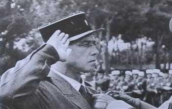 Lieutenant  Roger DEGUELDRE