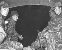 Commando MONTFORT - La nuit, en camion