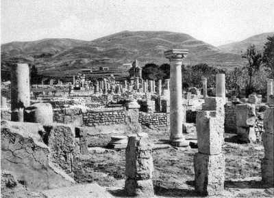 DJEMILA - Ruines d'une maison