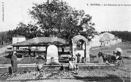 DOUERA - La Fontaine et le Lavoir