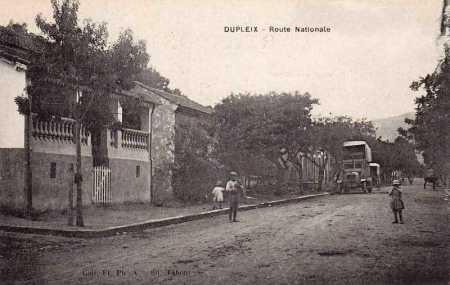 DUPLEIX - La route nationale en 1890