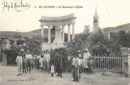 EL AFFROUN - Le Monument aux Morts et l'Eglise