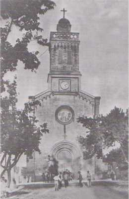 EUGENE-ETIENNE - L'Eglise