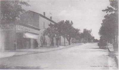EUGENE-ETIENNE  La Rue Principale