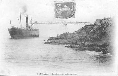 GOURAYA - Bateau et le Chargeur de minerai