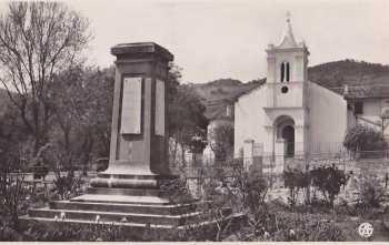 HERBILLON L'EGLISE et le Monument aux Morts