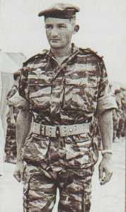 Commando JAUBERT Le Lt de Vaisseau CHAMPIERRE de VILLENEUVE Chef du Commando