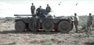 Commandos sur un EBR Panhard