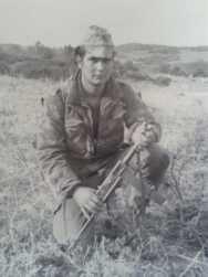 Henri BOURRAT sur le terrain en 1961 dans le djebel Montgorno