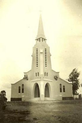 RABELAIS - l'Eglise ---- ----   Site internet ...  Cliquez ici