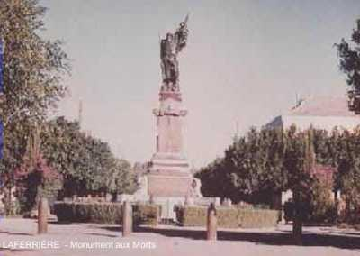 LAFERRIERE - Le Monument aux Morts
