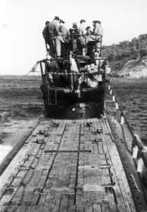 """Sur le sous-marin """"Rubis"""""""