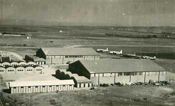 LARTIGUE  Les baraquements militaires