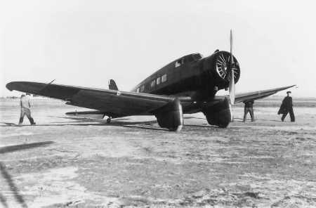 LA SENIA - Northrop Delta TN-001