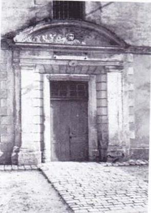 la Porte de THOIRAS