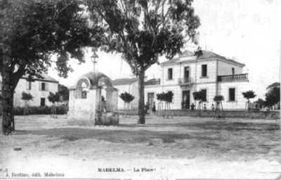 MAHELMA - La Place de la Mairie