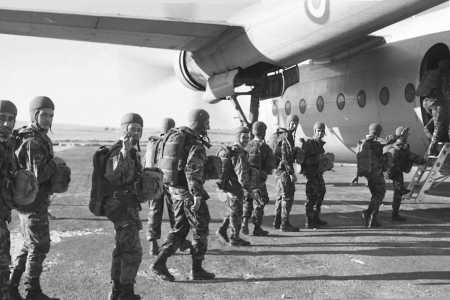 embarquement de parachutistes dans un noratlas