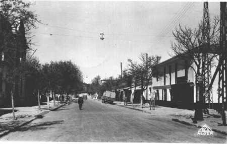 MERCIER-LACOMBE - La Rue Principale