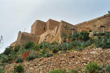 MERS-EL-KEBIR - le fort du Santon