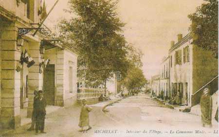 MICHELET - La rue centrale du village