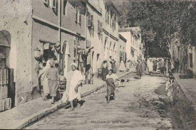 MILIANA - Une Rue du centre Ville