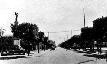 MOUZAIAVILLE - Une rue du Centre Ville