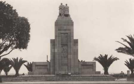 ORAN - Le Monument aux morts