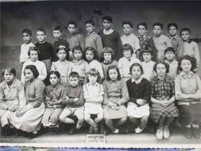 OULED-FAYET - Une classe de filles