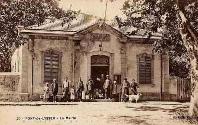 PONT de l'ISSER - La Mairie