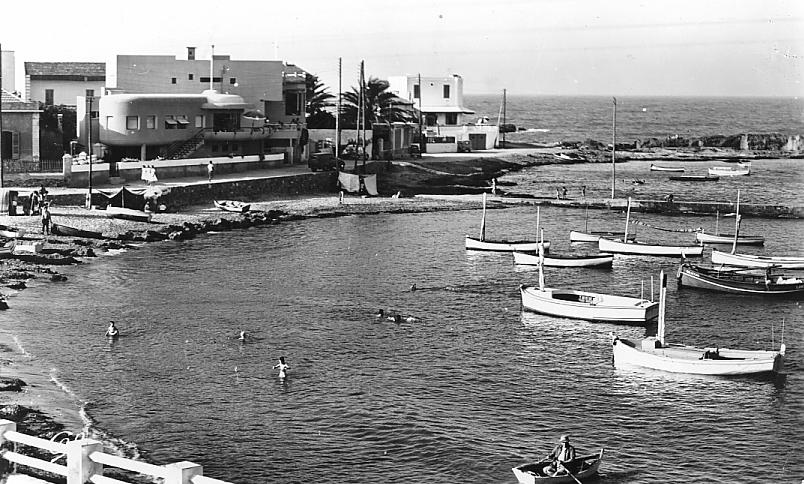 PORT-aux-POULES - Le Petit Port en 1920