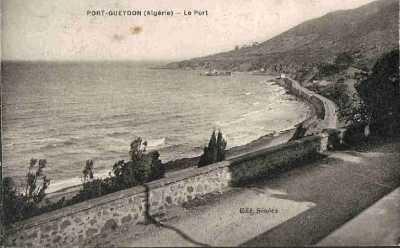 PORT-GUEYDON - Le Port au fond