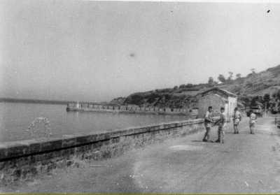 PORT-GUEYDON - Une Patrouille en bord de mer
