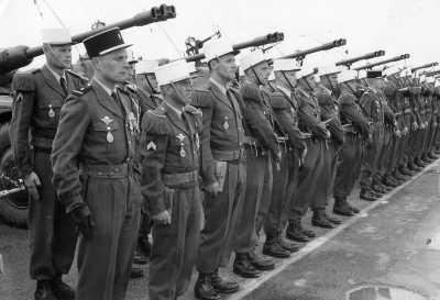 Revue escadron 1er REC.