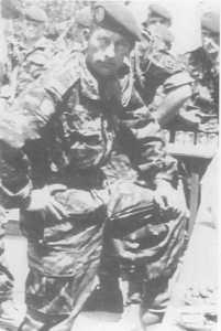 29 avril 1961.  Lieutenant VAN de PUTTE au pot d'adieu de la Cie d'Appui