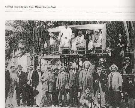 Autobus de la ligne  Alger - Rivet