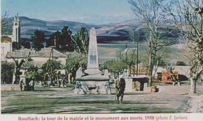 ROUFFACH La MAIRIE et le Monument aux Morts