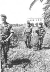 Trois sergents des transmissions au domaine de Saoudi en 1962