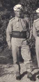 Tirailleur Gilbert DEBARGE en 1960 en tenue d'apparat