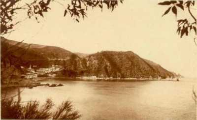 STORA - La baie et le village