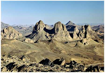 TAMANRASSET - Les monts Assakrem