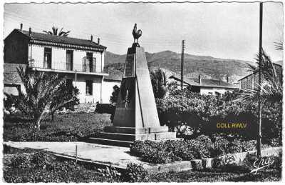 TAZMALT - Monument aux Morts