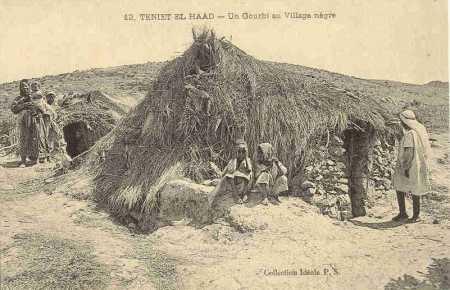 TENIET-EL-HAAD - Un GOURBI