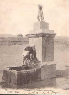 TIMGAD - La Fontaine Le Mannenkempis