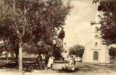 TOCQUEVILLE - Place de l'Eglise